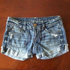 American Eagle Distressed Cut Off Denim Shorts 00